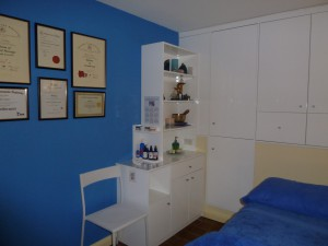 Enable images to view Anni Casey's therapy room