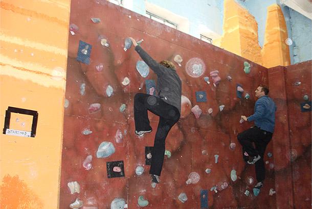 Mark and Kirstin rockclimbing